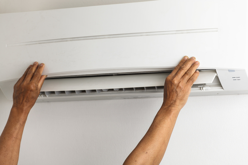 Aircon Leaking